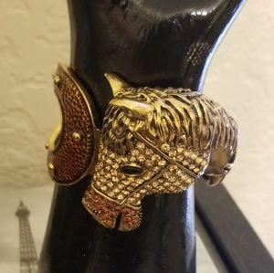 Horse Shoe/Head Cuff Bracelet